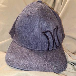 Hurley Bump Hat Flexfit - Gray and Black, L-XL